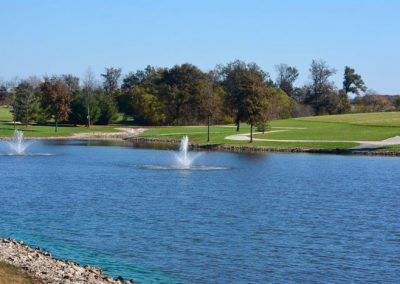 Lake out front of the aviary recovery center - addiction detoxifiction - alcohol and drug detox = st. louis addition treatment center
