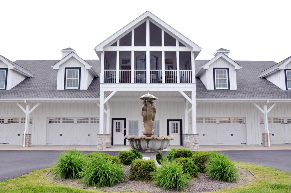 Drug rehab near St. Louis - main building - the aviary recovery center - st. louis individualized addiction treatment - outpatient treatment near St. Louis Missouri - drug and alcohol rehab - iop